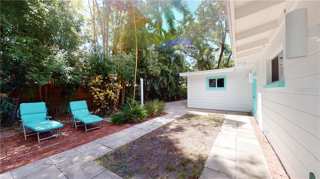 Single Family Home for sale at 3360 Higel Ave, Sarasota, FL 34242 - MLS Number is A4475091