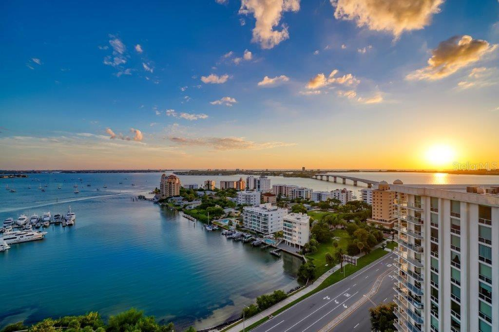 Sunset view - Condo for sale at 1155 N Gulfstream Ave #1701, Sarasota, FL 34236 - MLS Number is A4480090