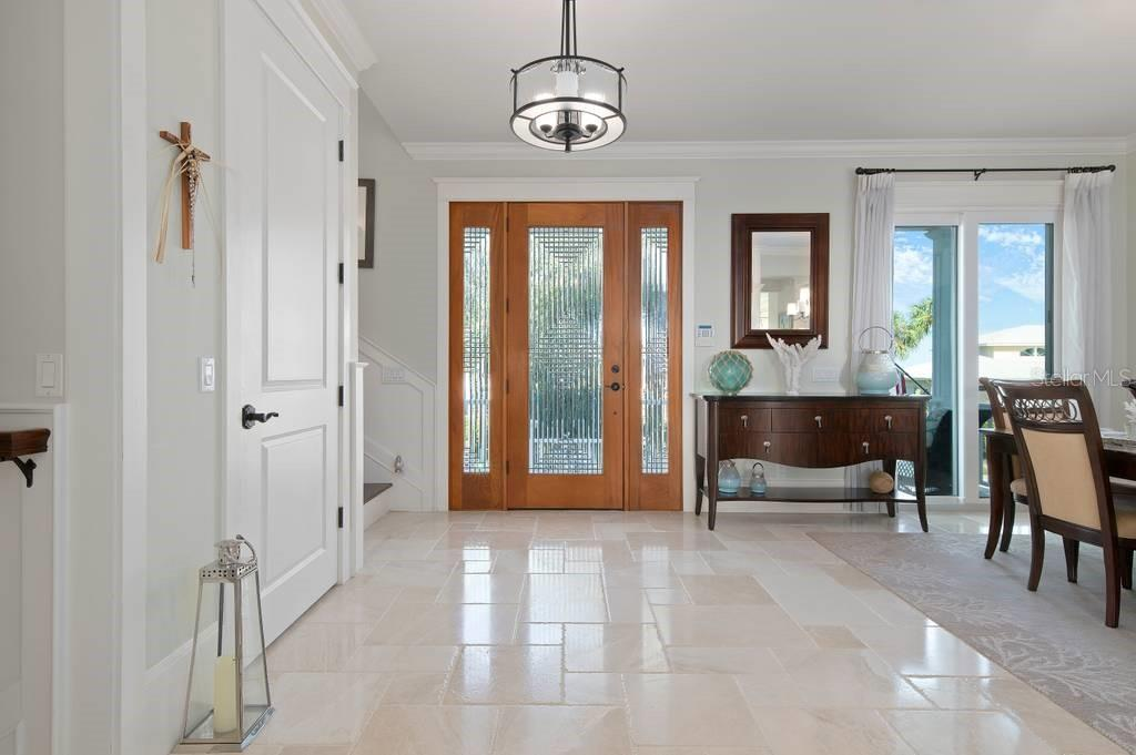 Foyer - Single Family Home for sale at 718 Key Royale Dr, Holmes Beach, FL 34217 - MLS Number is A4480381