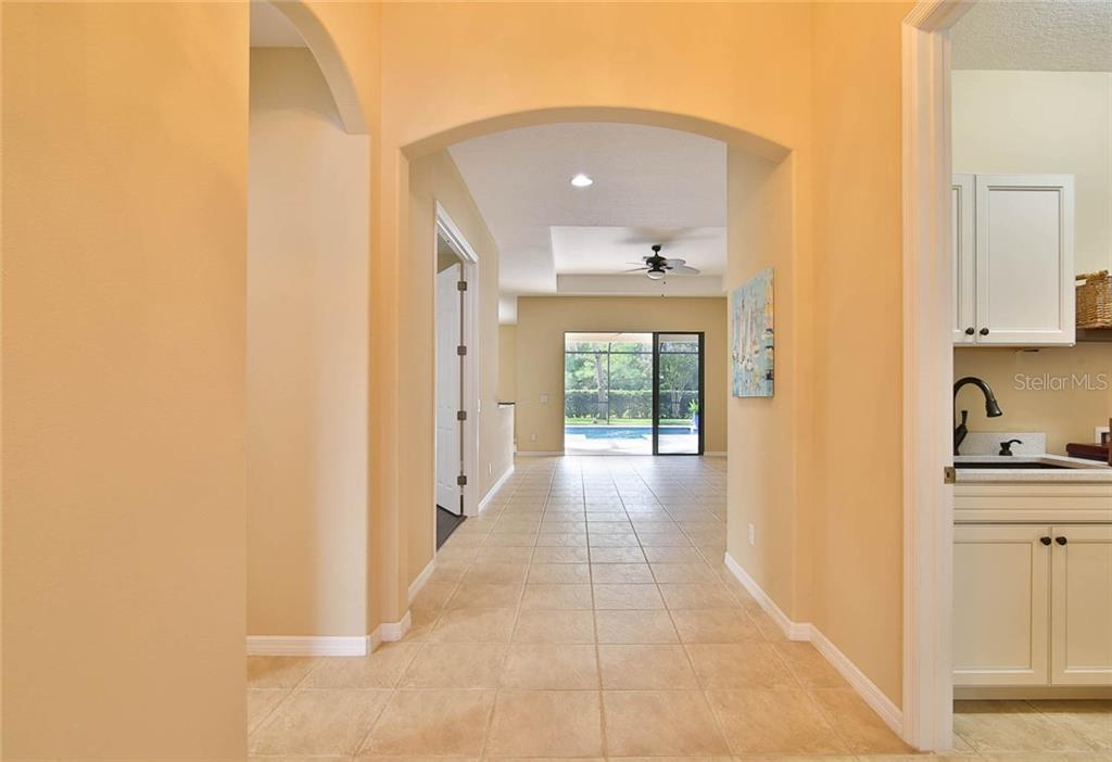 Single Family Home for sale at 3718 80th Dr E, Sarasota, FL 34243 - MLS Number is A4480929