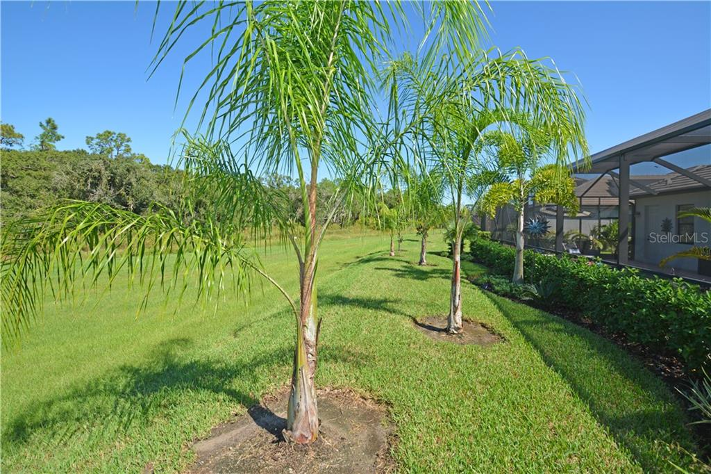 Single Family Home for sale at 17033 Polo Trl, Bradenton, FL 34211 - MLS Number is A4481013