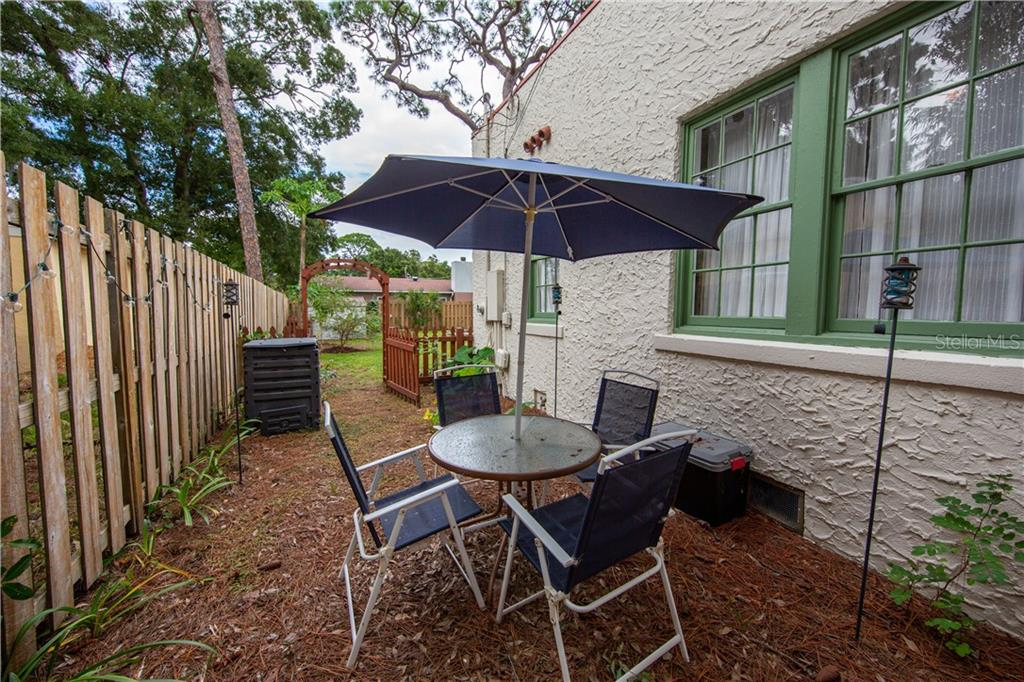 Single Family Home for sale at 1443 15th St, Sarasota, FL 34236 - MLS Number is A4481261