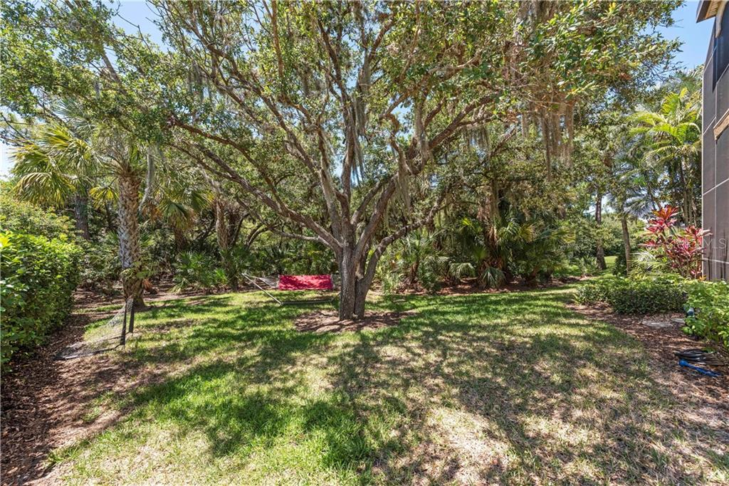 Single Family Home for sale at 8843 Bloomfield Blvd, Sarasota, FL 34238 - MLS Number is A4483393