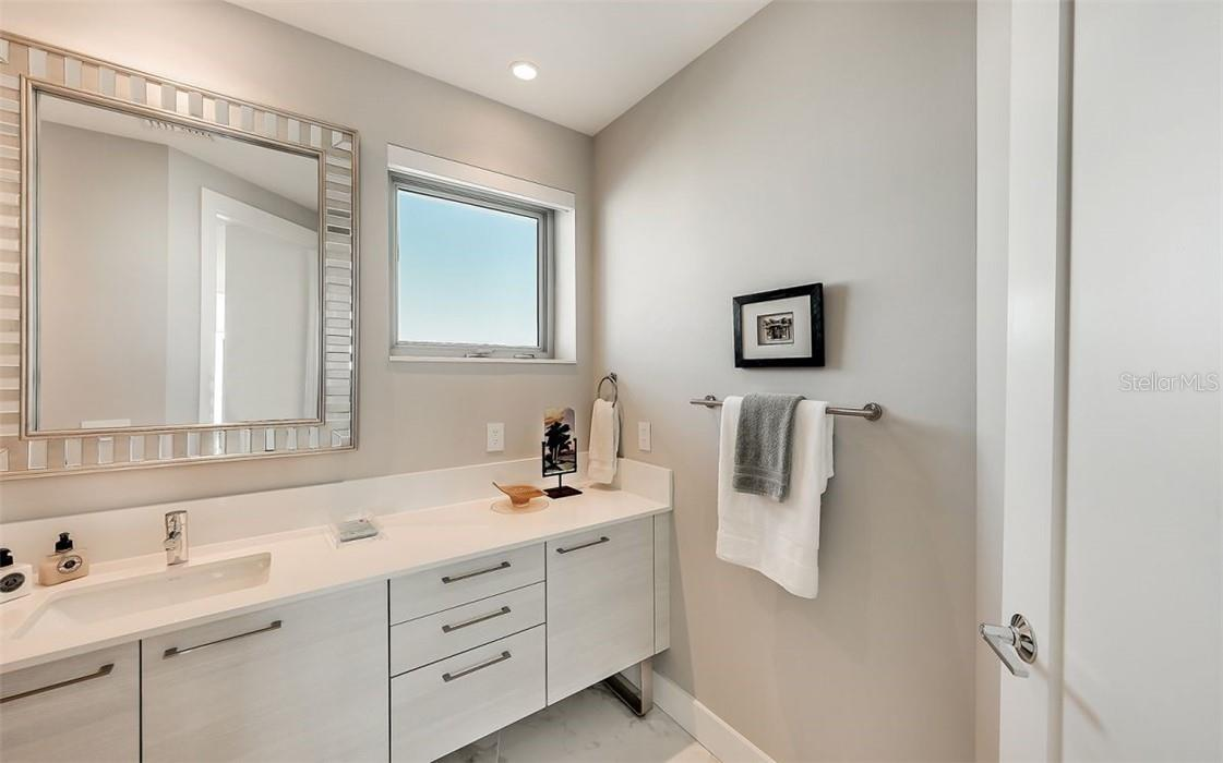 Powder Room - Condo for sale at 1155 N Gulfstream Ave #1802, Sarasota, FL 34236 - MLS Number is A4485046