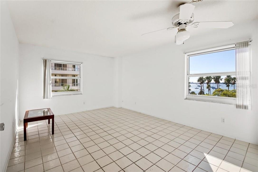 Condo for sale at 435 S Gulfstream Ave #501, Sarasota, FL 34236 - MLS Number is A4487078