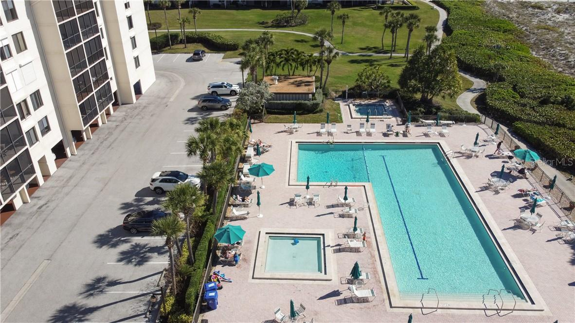 Swimming Pool - Condo for sale at 1945 Gulf Of Mexico Dr #M2-505, Longboat Key, FL 34228 - MLS Number is A4489188