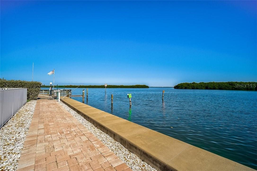 577 Sutton Place Longboat Key Florida 34228 | Bayside - Condo for sale at 577 Sutton Pl #T-25, Longboat Key, FL 34228 - MLS Number is A4492432