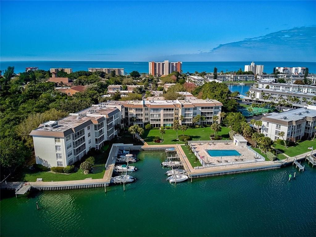 577 Sutton Place Longboat Key Florida 34228 | Sutton Place Bayside - Condo for sale at 577 Sutton Pl #T-25, Longboat Key, FL 34228 - MLS Number is A4492432