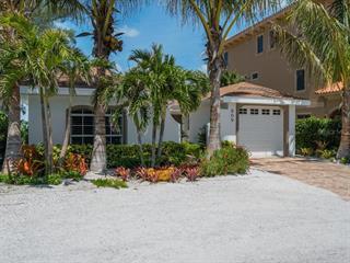 909 N Shore Dr, Anna Maria, FL 34216
