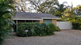 2121 Chippawa Pl, Sarasota, FL 34234