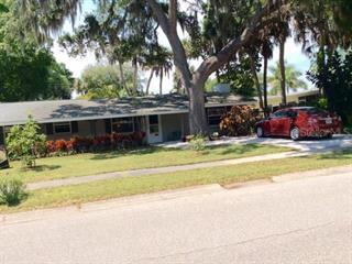 2740 Silver King Way, Sarasota, FL 34231