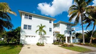 2401 Avenue B #unit B, Bradenton Beach, FL 34217
