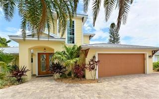 523 68th St, Holmes Beach, FL 34217