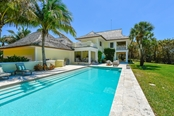 2613 Casey Key Rd, Nokomis, FL 34275 - thumbnail 20 of 31