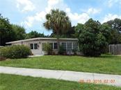 316 W Seminole Dr, Venice, FL 34293