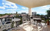 Open, covered lanai with gulf views - Condo for sale at 1701 Gulf Of Mexico Dr #505, Longboat Key, FL 34228 - MLS Number is A4170632