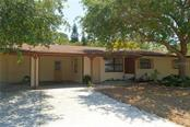 Single Family Home for sale at 3556 Osage Ter, Sarasota, FL 34231 - MLS Number is A4186170