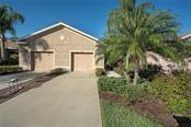 Villa for sale at 9111 Stone Harbour Loop, Bradenton, FL 34212 - MLS Number is A4424015