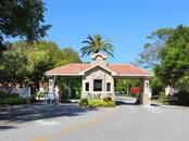 Single Family Home for sale at 1741 Peregrine Point Dr, Sarasota, FL 34231 - MLS Number is A4453285