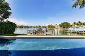 Single Family Home for sale at 1400 Harbor Dr, Sarasota, FL 34239 - MLS Number is A4483394