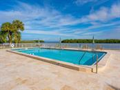 Villa for sale at 564 Sutton Pl, Longboat Key, FL 34228 - MLS Number is A4488179