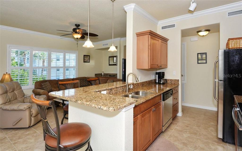 Kitchen / Great Room - Condo for sale at 500 San Lino Cir #524, Venice, FL 34292 - MLS Number is N5912607