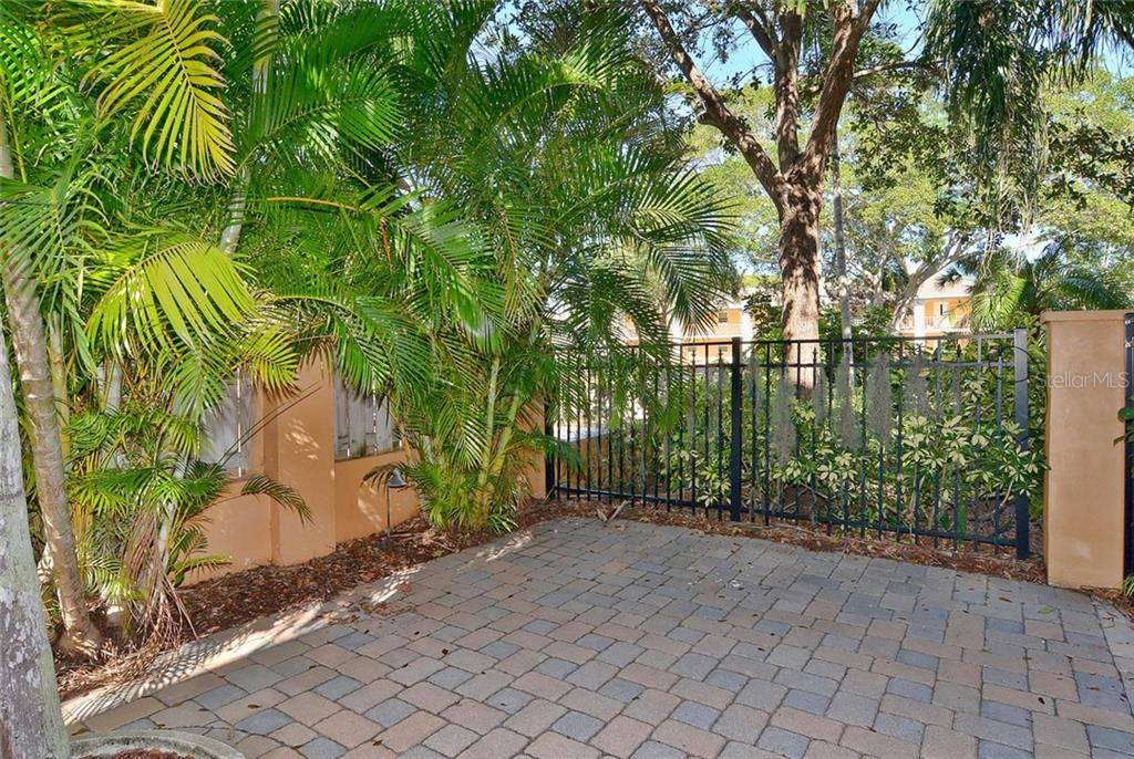 Patio - Condo for sale at 501 Barcelona Ave #c, Venice, FL 34285 - MLS Number is N5913183
