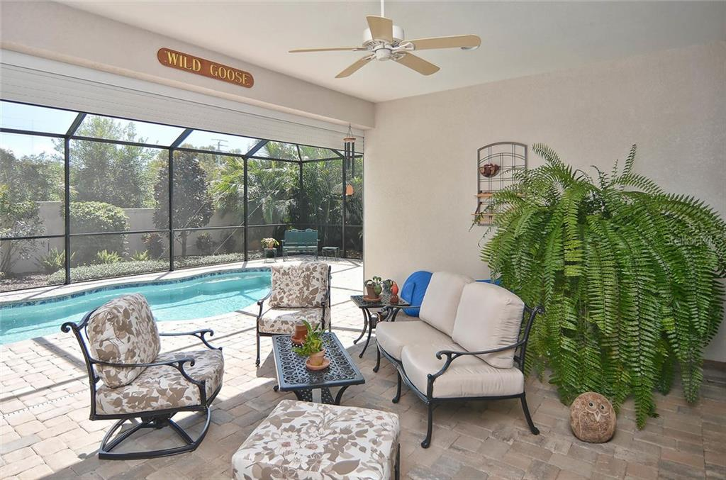 Lana/pool - Single Family Home for sale at 293 Marsh Creek Rd, Venice, FL 34292 - MLS Number is N5914238