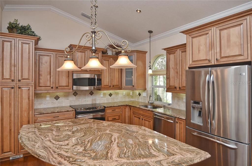 Kitchen - Single Family Home for sale at 248 Pensacola Rd, Venice, FL 34285 - MLS Number is N5914299