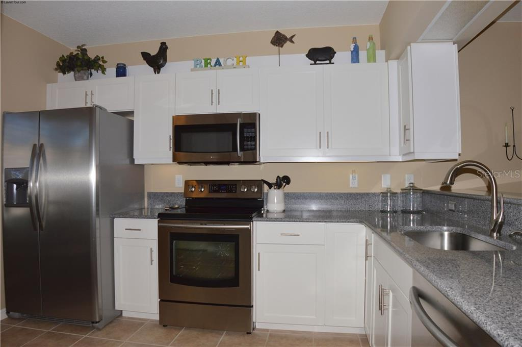Kitchen - Condo for sale at 903 Addington Ct #102, Venice, FL 34293 - MLS Number is N5916962