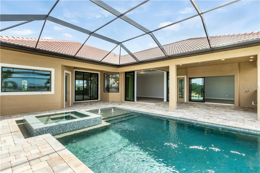 Single Family Home for sale at 312 Maraviya Blvd, North Venice, FL 34275 - MLS Number is N6100140