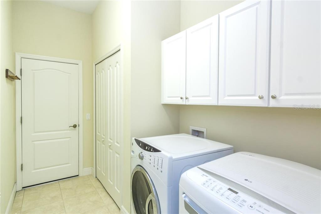 Laundry Room - Single Family Home for sale at 368 Marsh Creek Rd, Venice, FL 34292 - MLS Number is N6101204