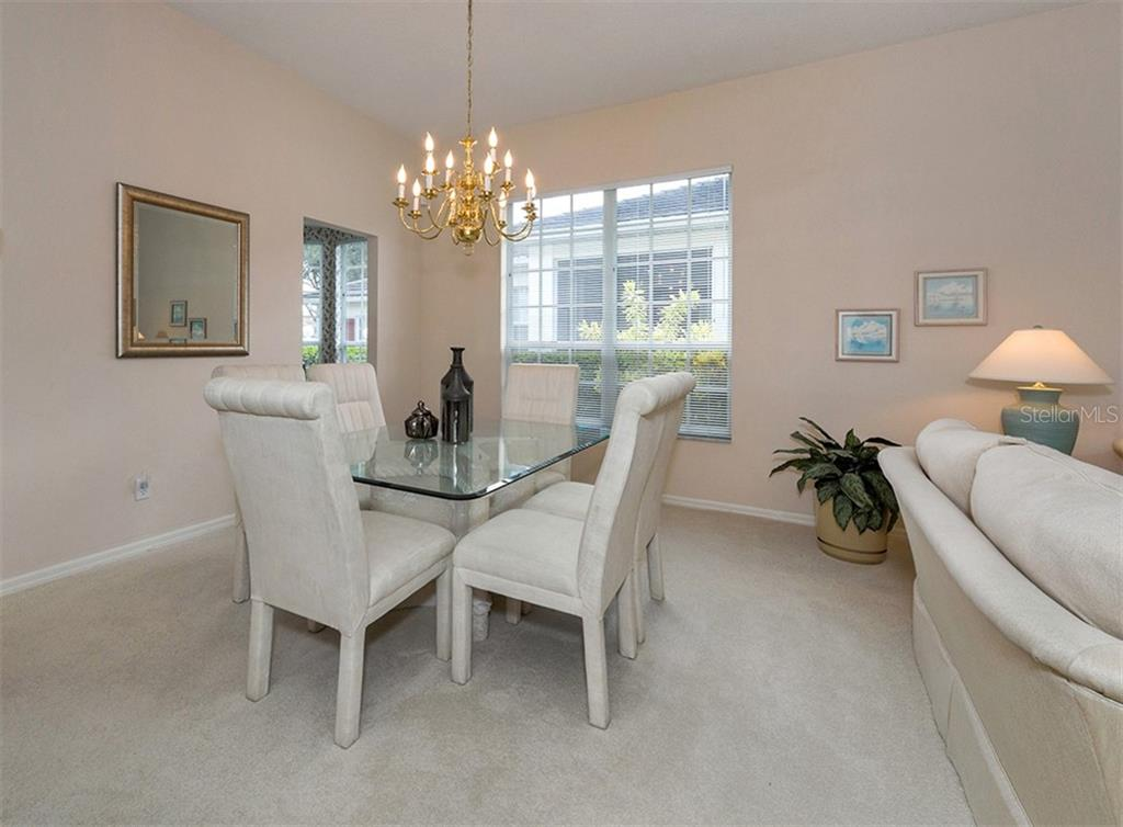 Dining area - Villa for sale at 865 Tartan Dr, Venice, FL 34293 - MLS Number is N6101901