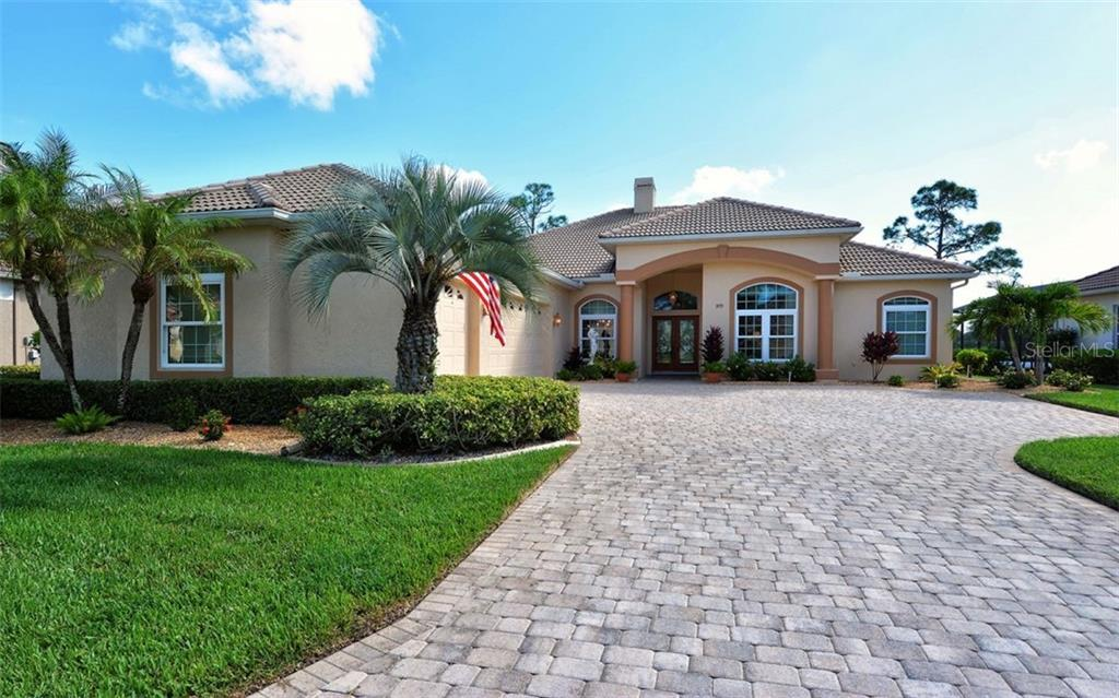 Approach - Single Family Home for sale at 979 Chickadee Dr, Venice, FL 34285 - MLS Number is N6102266