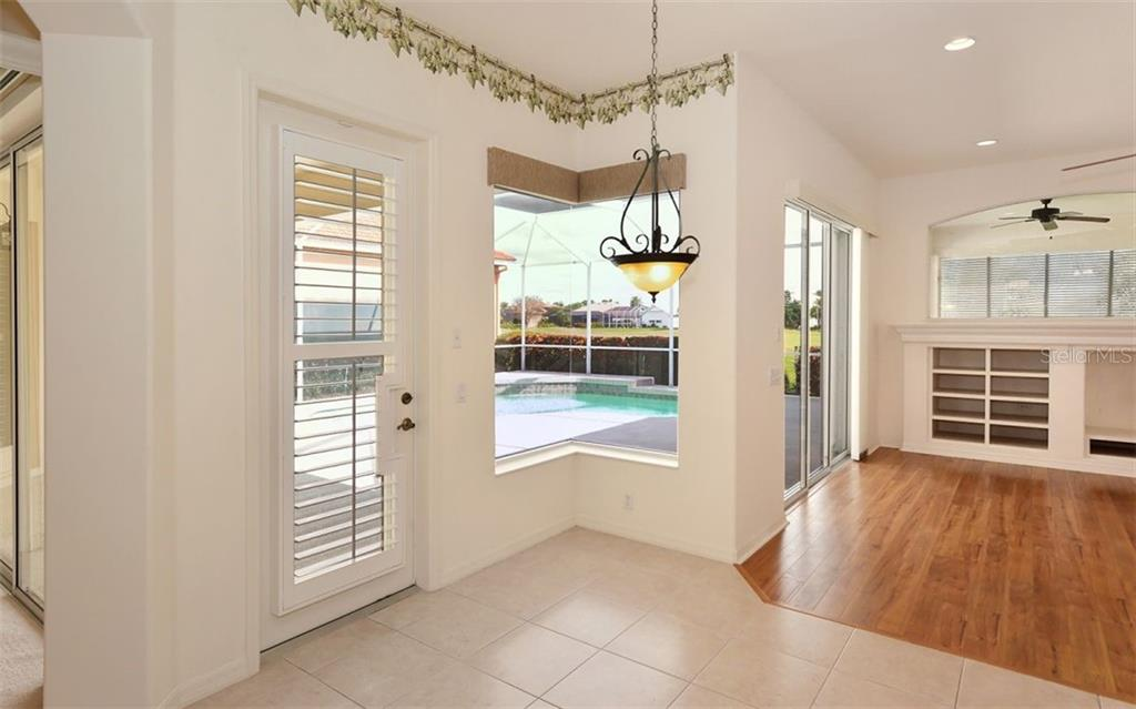 Breakfast room - Single Family Home for sale at 969 Chickadee Dr, Venice, FL 34285 - MLS Number is N6102722