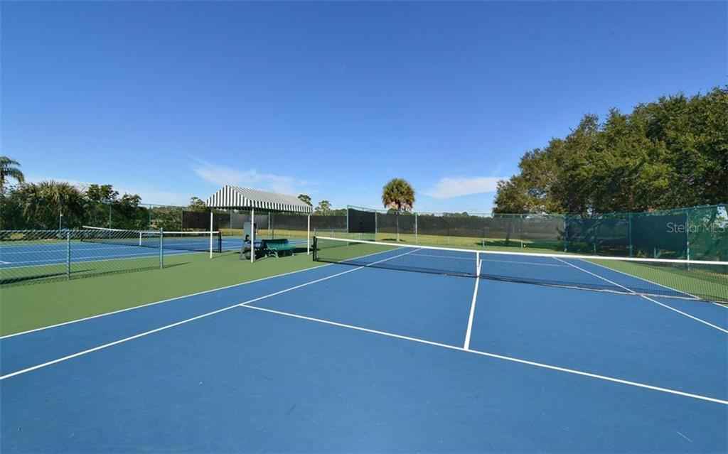 Tennis courts - Single Family Home for sale at 969 Chickadee Dr, Venice, FL 34285 - MLS Number is N6102722