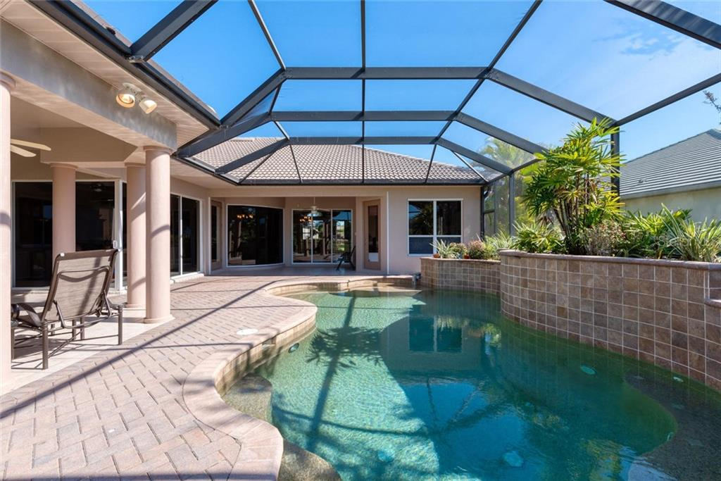 Pool - Single Family Home for sale at 821 Adonis Pl, Venice, FL 34292 - MLS Number is N6104303