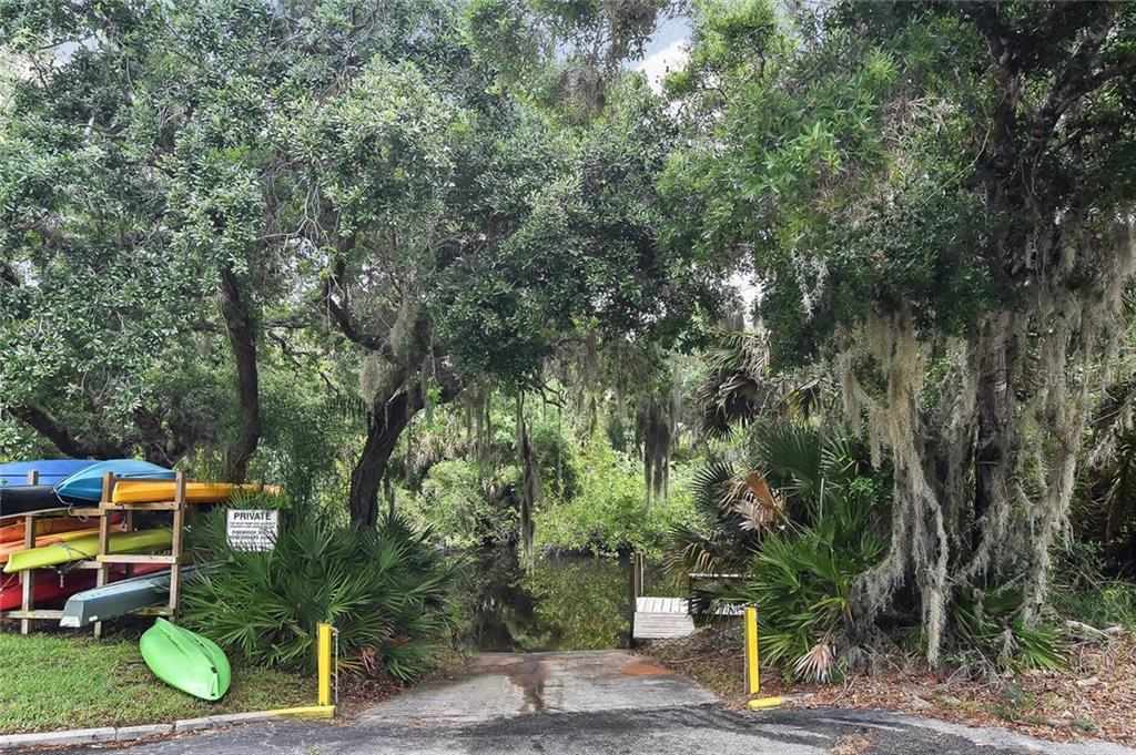 Boat ramp - Single Family Home for sale at 1139 Ketch Ln, Venice, FL 34285 - MLS Number is N6105656