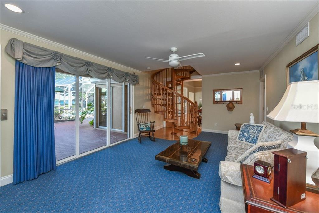 Family room - Single Family Home for sale at 7785 Manasota Key Rd, Englewood, FL 34223 - MLS Number is N6107786