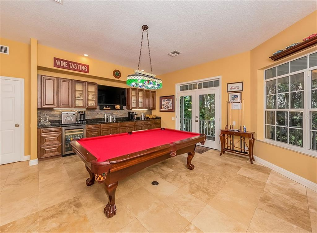 Single Family Home for sale at 2702 Norwood Ln, Venice, FL 34292 - MLS Number is N6108520