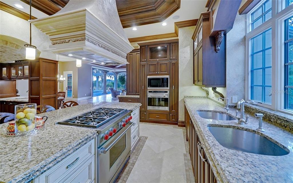 Kitchen - Single Family Home for sale at 8257 Archers Ct, Sarasota, FL 34240 - MLS Number is N6109007