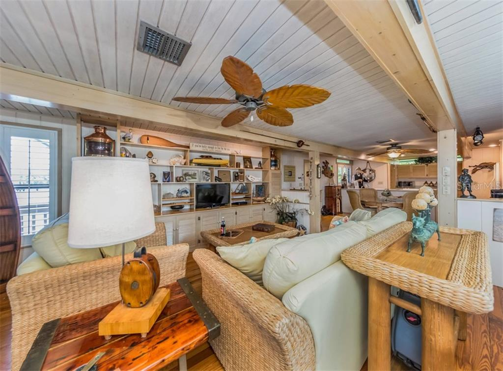 Guest house living room - Single Family Home for sale at 2208 Casey Key Rd, Nokomis, FL 34275 - MLS Number is N6110959