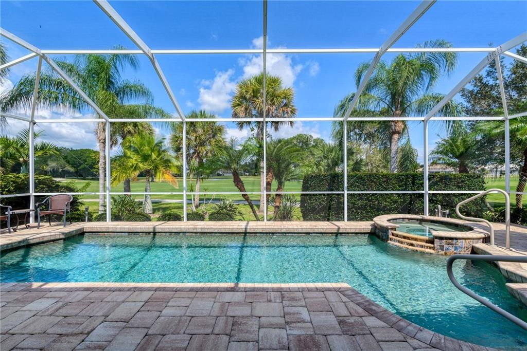 Pool/spa - Single Family Home for sale at 953 Chickadee Dr, Venice, FL 34285 - MLS Number is N6111180
