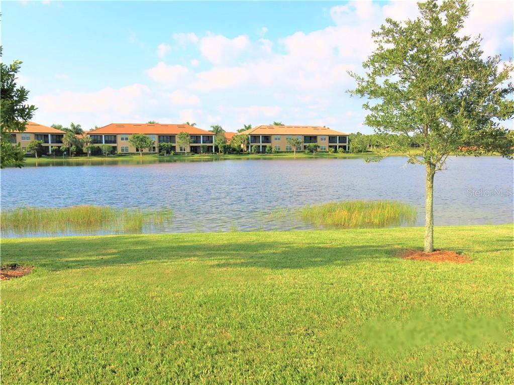 Lanai - Single Family Home for sale at 10424 Crooked Creek Dr, Venice, FL 34293 - MLS Number is N6112285