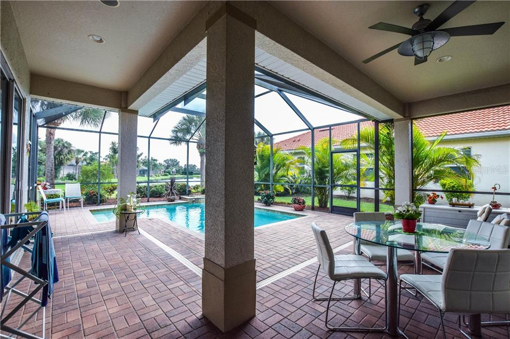 Lanai, pool - Single Family Home for sale at 154 Rimini Way, North Venice, FL 34275 - MLS Number is N6112459