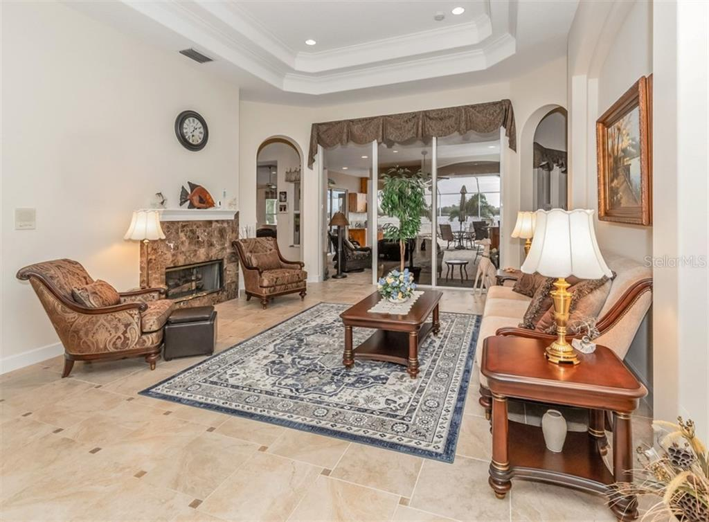 Living room - Single Family Home for sale at 453 Anchorage Dr, Nokomis, FL 34275 - MLS Number is N6112707