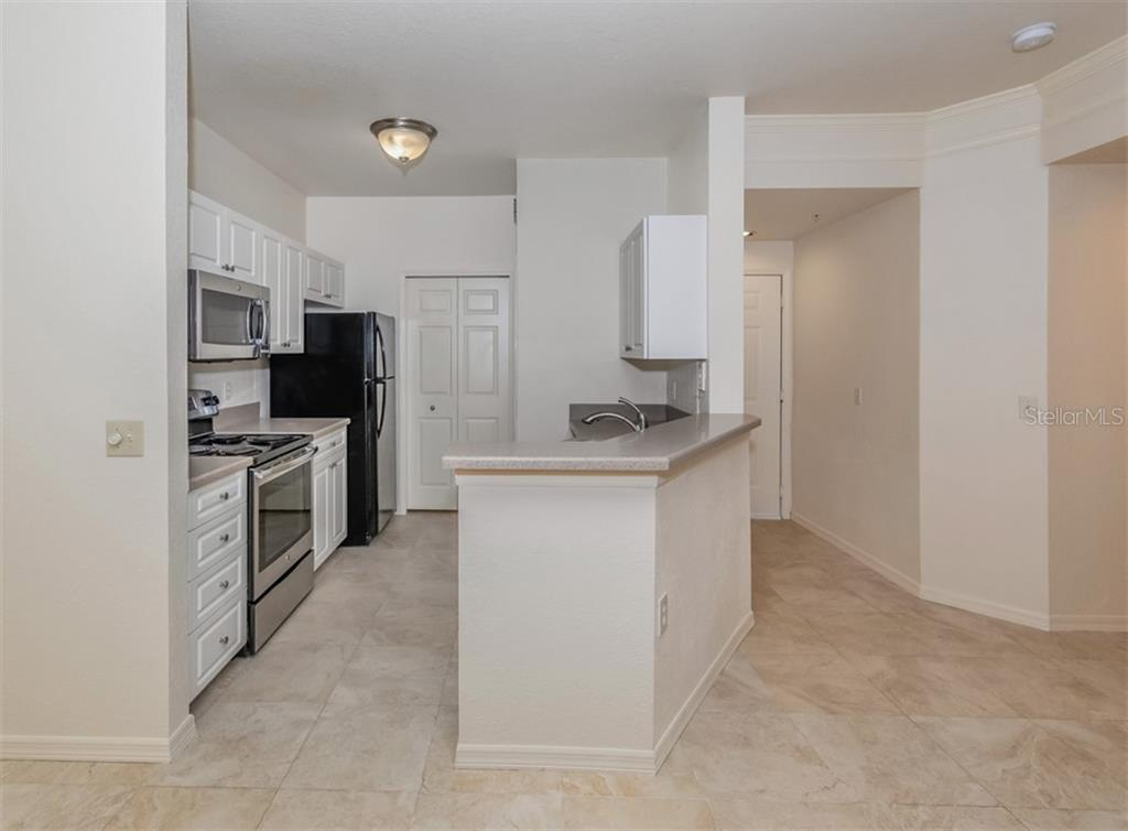 Kitchen. - Condo for sale at 5180 Northridge Rd #103, Sarasota, FL 34238 - MLS Number is N6113134