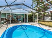 Pool, lanai - Single Family Home for sale at 409 Darling Dr, Venice, FL 34285 - MLS Number is N6105760