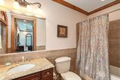 #1 Master Bath 2nd Floor - Single Family Home for sale at 510 Bowsprit Ln, Longboat Key, FL 34228 - MLS Number is N6110334