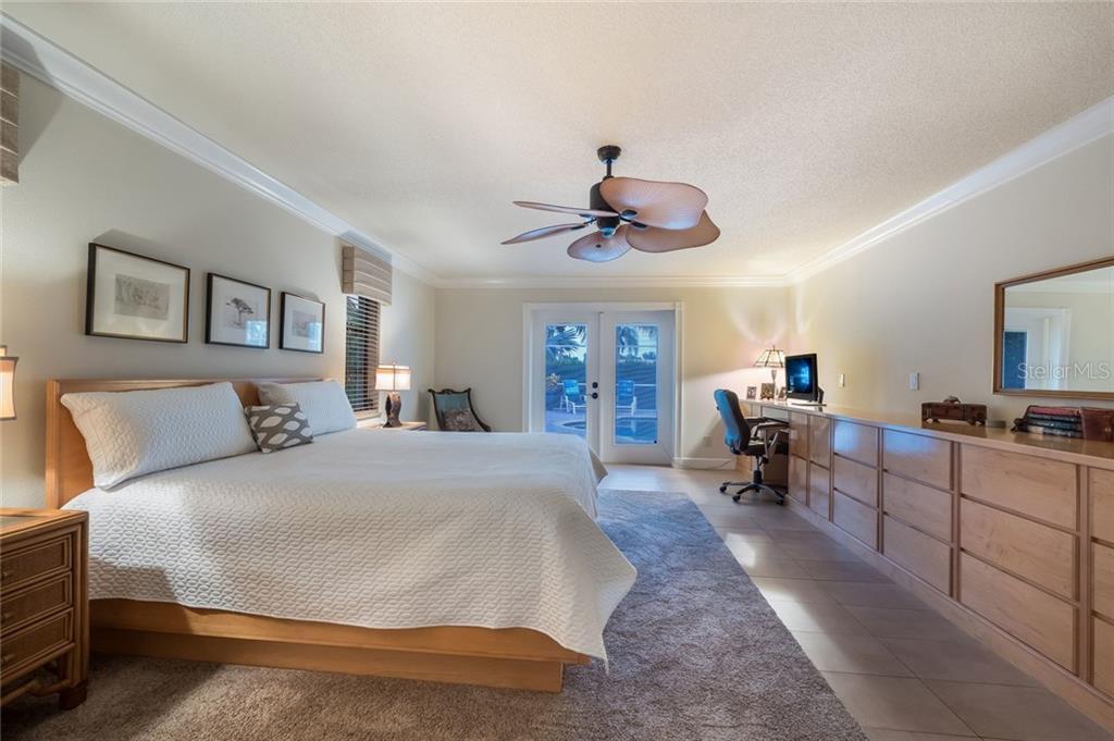 Additional photo for property listing at 260 Capstan Dr 260 Capstan Dr Cape Haze, Florida,33946 Hoa Kỳ